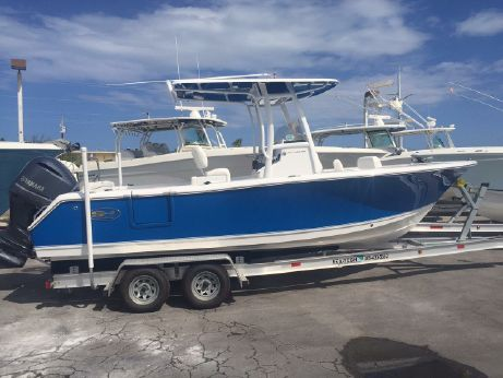 2015 Sea Hunt Ultra 235 SE