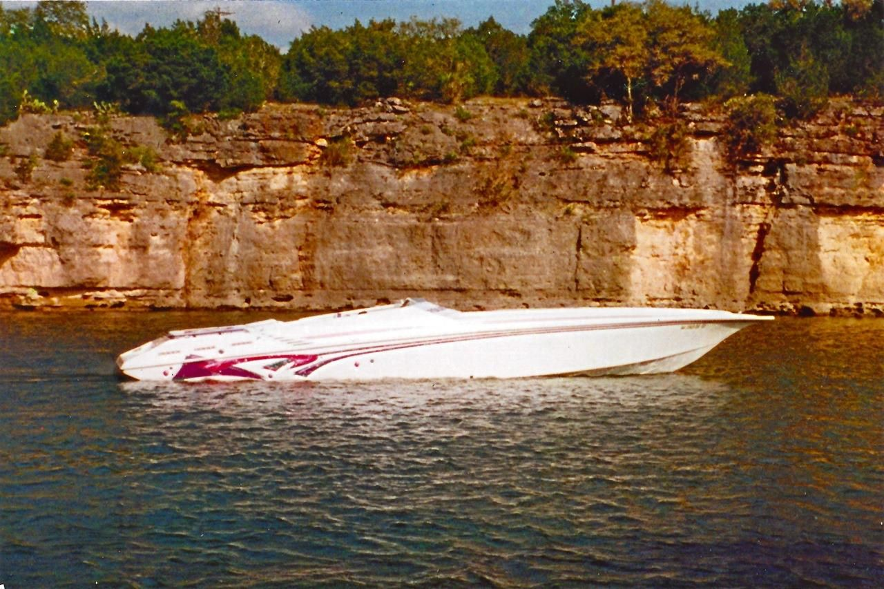 Marlin (TX) United States  City new picture : 1998 Fountain Lightning Power Boat For Sale www.yachtworld.com