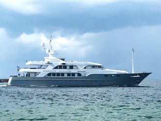 2005 Sensation Yachts Sensation 177