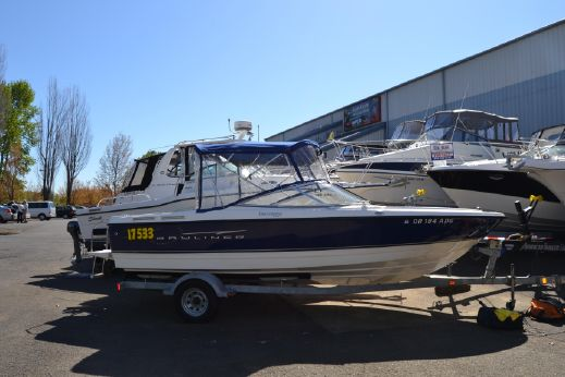 2008 Bayliner 215 Discovery