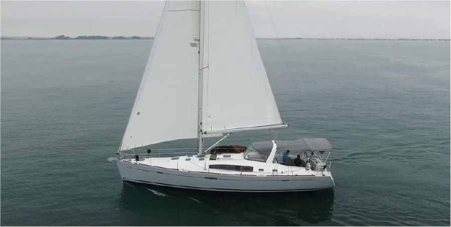2013 Beneteau Oceanis 50 Sailboat for sale in San Diego