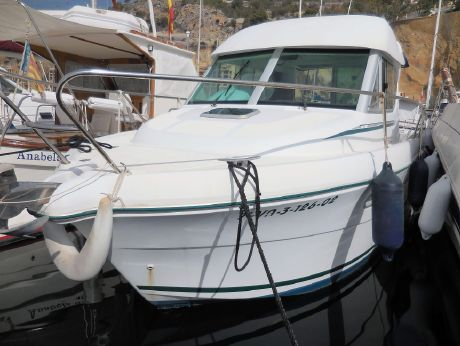2004 Jeanneau Merry Fisher 805