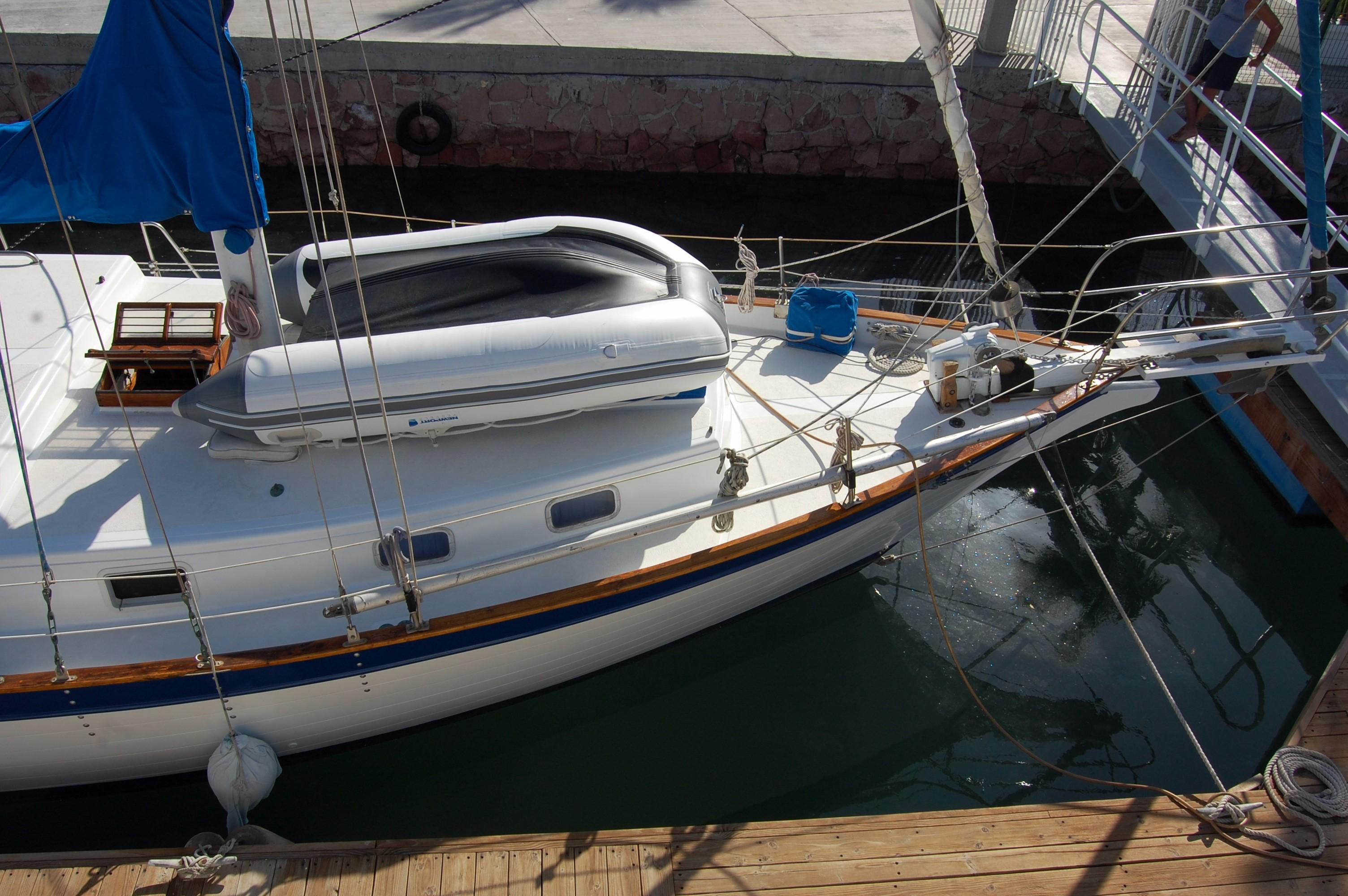 38' Downeaster Cutter+Photo 8