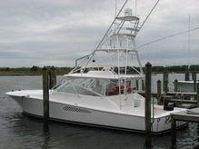 2010 Viking Yachts 52 Open