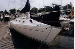 1995 Freedom Yachts 35