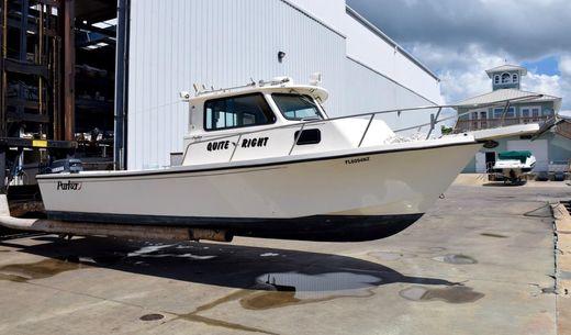 1999 Parker 2520 Deep Vee Sport Cabin