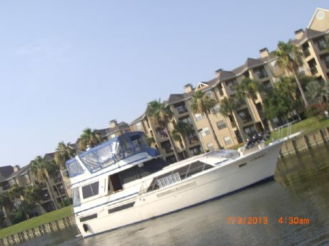 1985 Chris Craft 500 Constellation