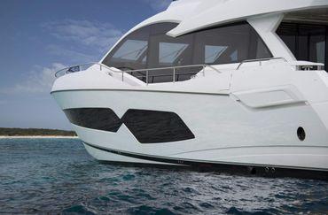thumbnail photo 0: 2018 Sunseeker 76 Yacht