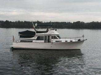 1978 Tollycraft 48 Cockpit Motor Yacht
