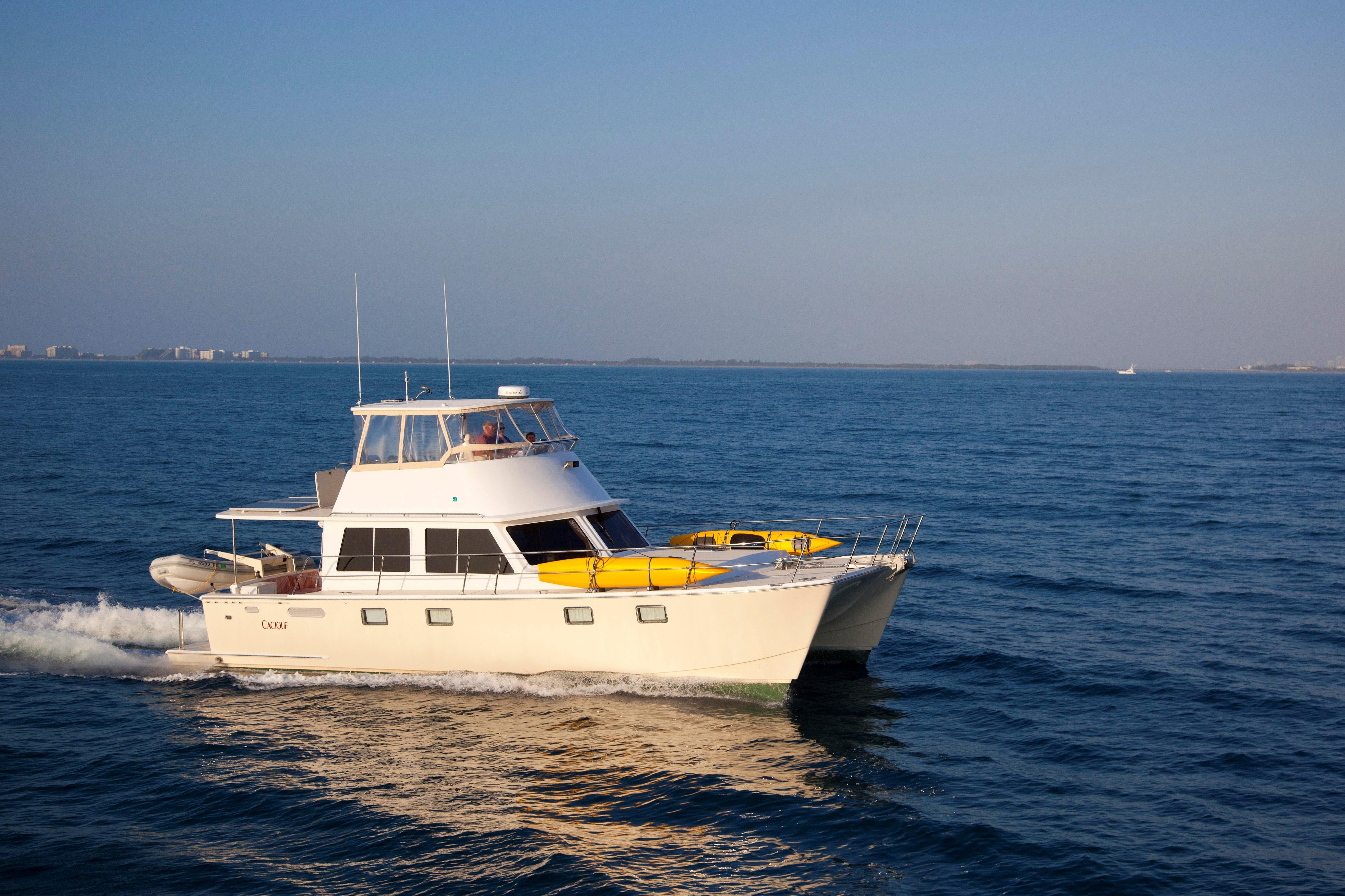 2009 Maine Cat P 47 Power Boat For Sale Www Yachtworld Com