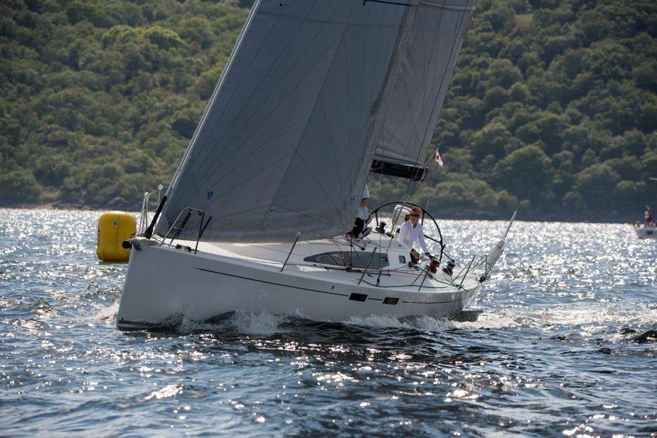 2014 j boats j 122e
