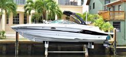2015 Cruisers Yachts 298SS
