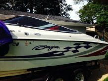 2000 Baja 272 Boss 27' High Performance Cuddy