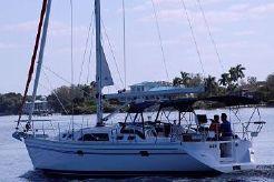 2019 Catalina 385