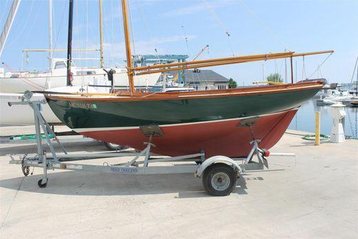 2004 Herreshoff H 12 1/2 Gaff Rig