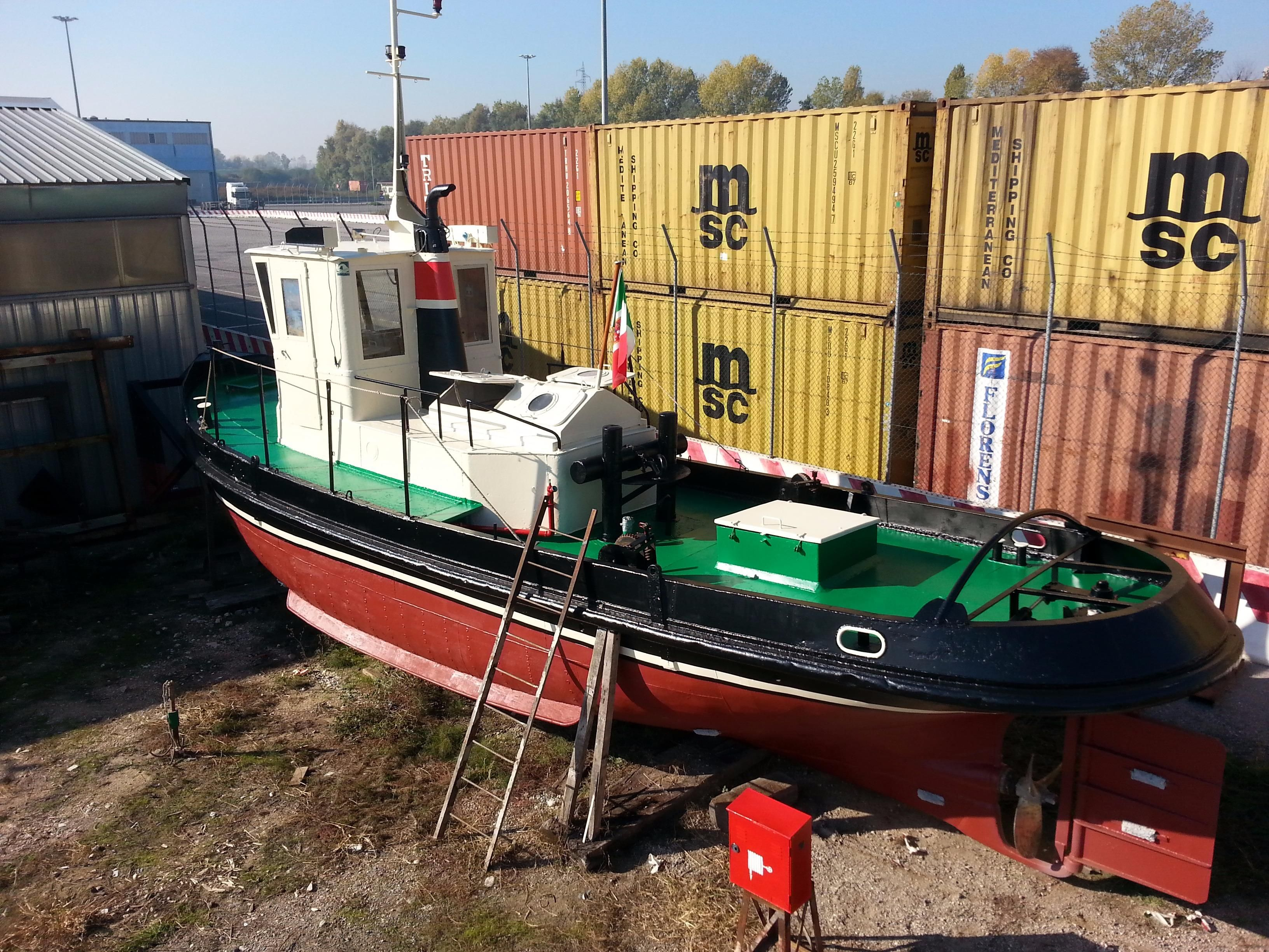 1927 gidkoogk amsterdam tug power boat for sale www for Houseboat amsterdam prezzi