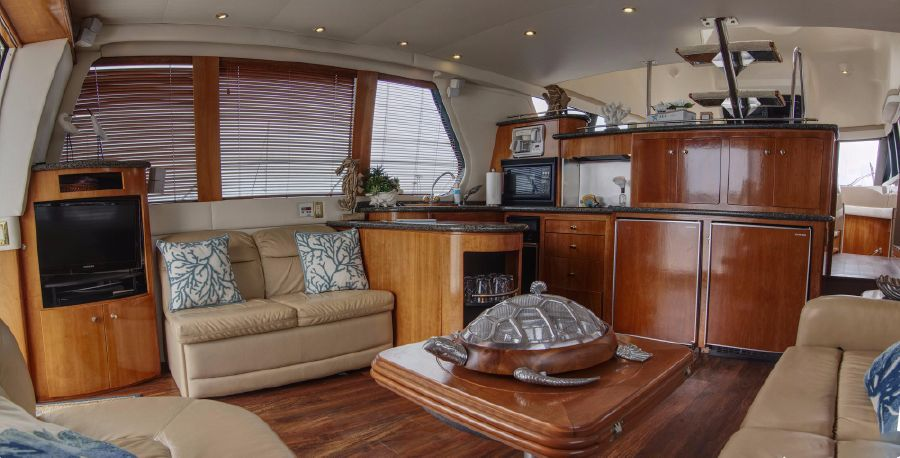 Carver 530 Voyager for sale in Newport Beach