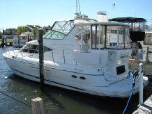 2003 Cruisers 4450 Motor Yacht