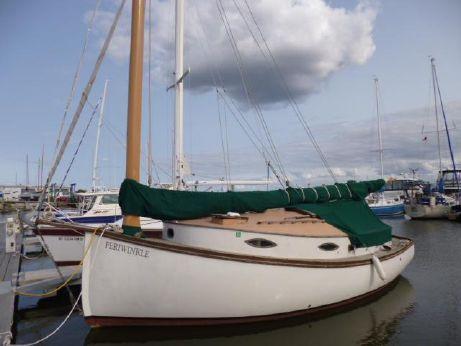 1981 Daybreak Boatyard - Mckenzie Custom Catboat - 2001 Yanmar