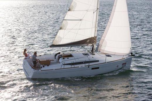 2016 Jeanneau Sun Odyssey 349 SWING KEEL