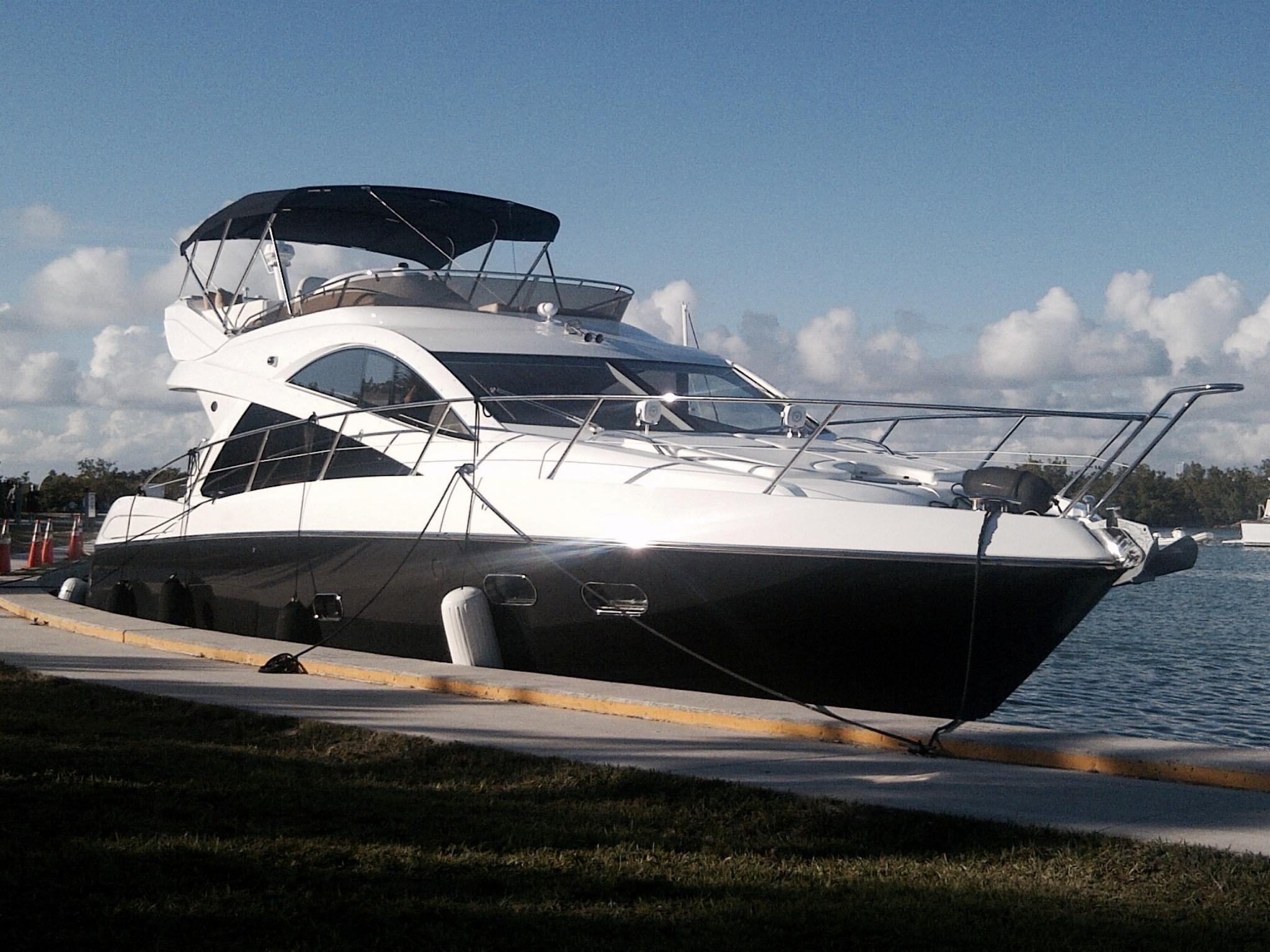 2012 Sunseeker Manhattan 53 Power Boat For Sale Www Yachtworld Com