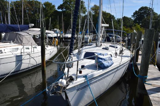 2007 Catalina 350