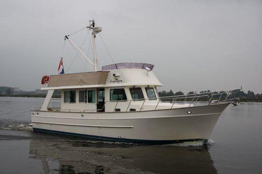 2007 Globe Trawler 40