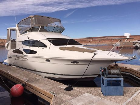 2008 Cruisers Yachts 395 Aft Cabin Motoryacht