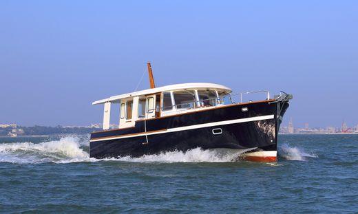 2017 Rhea Marine 36 Sedan