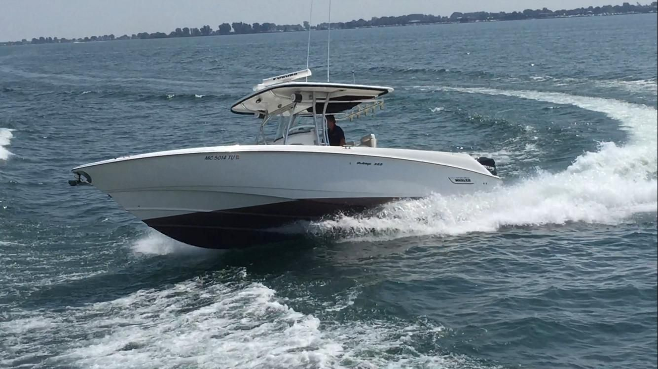 remote control boston whaler with United States on United States furthermore 2008 Sea Ray 240 Sundancer further 12451 moreover Santei Pontoon 104301 furthermore Yamaha Sx230 24582.