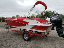2019 Glastron Deck boats GTD 180