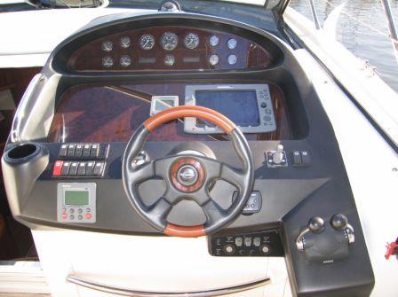 Azimut 46 Fly Type Motor