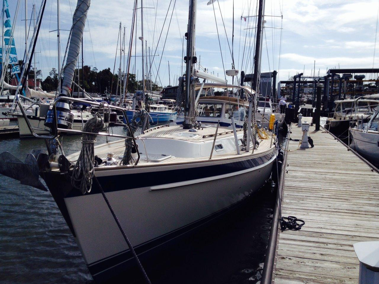 Hallberg-Rassy 43 MKII, Deale, MD